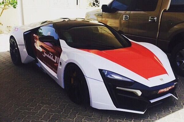 Hypersport lykan (2)